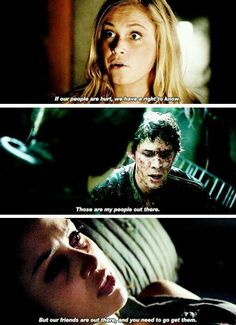 Clarke Griffin, Bellamy Blake and Raven Reyes, The 100 The 100 Show, The 100 Cast, It Cast, Best Tv Shows, Best Shows Ever, The 100 Serie, The 100 Quotes, 100 Memes, Lincoln And Octavia