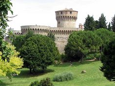 volterra italy | Medici castle in Volterra, Italy