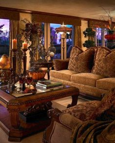 Living Room , Natural Tuscan Living Room : Tuscan Living Room With Chandles Centerpieces And Tuscan Sofa And Chairs