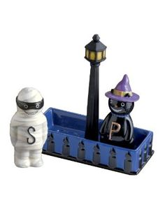 HaLLoWeeN MuMMY and WiTCH Salt & Pepper Shakers