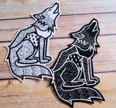 Wolf Black White Iron On Embroidery Patch MTCoffinz - Choose Size