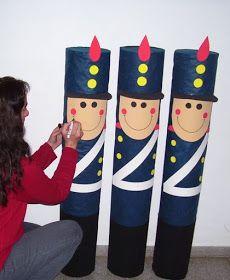 Adorno para el acto en Homenaje al Gral . San Martín . Materiales: Tubos de cartón . Tela azul y negra ( fiselina ) Goma eva : roja, n...