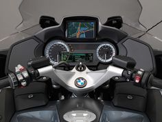2014 BMW R1200RT's Instrument Console