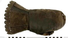 Leather mitten from the Vasa (1628)