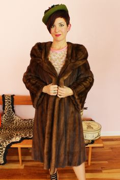 """Gorgeous vintage """"Natural Blue Blood Mink"""" fur coat from Neiman Marcus. Has original brocade lining, bell sleeves, and enormous shawl collar. Fifties Fashion, Vintage Fall, Blue Bloods, Mink Fur, Neiman Marcus, Fall Fashion, Shawl, 1960s, Bell Sleeves"""
