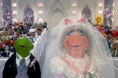 The Muppets Take Manhattan: After a huge Broadway number, Kermit and Miss Piggy finally tie the knot after all these years!