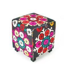 Washura Suzani Cube  by Salvo Stoch & Juditha Sakinofsky