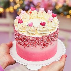 Pretty Cakes, Cute Cakes, Beautiful Cakes, Yummy Cakes, Amazing Cakes, Valentines Day Desserts, Valentine Cake, Cute Desserts, Mini Cakes