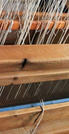 Loimen laittaminen kangaspuihin 3/2 pirtaan pistely
