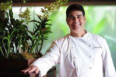 ¡Entérate cómo reaccionó el #chef José Santaella luego de ganar el premio The People's Best New Chef 2013, de la revista Food & Wine!: http://www.sal.pr/2013/03/22/chef-santaella-galardonado-con-reconocido-premio/