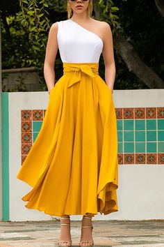 Yellow Skirt Outfits, Long Skirt Outfits, Dress Outfits, Fashion Dresses, Yellow Skirts, Long Skirt Fashion, Yellow Dress Casual, Orange Skirt, Yellow Clothes