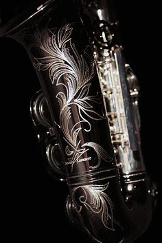 I am such a sucker for beautiful engravings on saxes...
