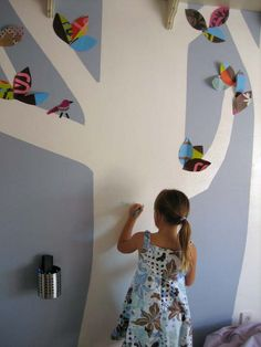 Magnetic paint and chalkboard paint may be getting nudged out of the way for dry-erase paint! Dry Erase Paint, Dry Erase Wall, Big White Board, White Boards, Magnetic Paint, Creative Kids Rooms, Kids Room Paint, Chalkboard Paint, Magnetic Chalkboard