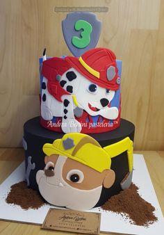 Rubble Paw Patrol Cake, Paw Patrol Torte, Paw Patrol Cake Toppers, Funny Wedding Cake Toppers, Vintage Cake Toppers, Cake Disney, Snowflake Wedding Cake, Mad Hatter Cake, Special Birthday Cakes