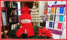 Χιονάνθρωπος από μπάλες φελιζόλ και κόκκινη τσόχα. #ΧΑΛΚΙΔΑ #ΣΑΜΑΡΤΖΗ #ΣΤΟΛΙΔΙΑ #ΧΕΙΡΟΤΕΧΝΙΕΣ #ΒΙΒΛΙΟΠΩΛΕΙΟ #HOBBY #ΧΡΙΣΤΟΥΓΕΝΝΙΑΤΙΚΟ Christmas Stockings, Christmas Ornaments, Holiday Decor, Blog, Home Decor, Needlepoint Christmas Stockings, Decoration Home, Room Decor, Christmas Jewelry