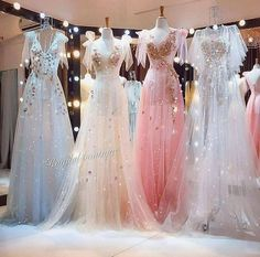 Casual Smart wear for trendy girls Bridesmaid Dresses, Prom Dresses, Wedding Dresses, Ball Gowns Evening, Fantasy Dress, Edgy Outfits, Dress Outfits, Fashion Tips For Women, Princesas Disney