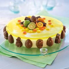 Bilderesultat for påskekake Norwegian Food, Norwegian Recipes, Easter Recipes, Something Sweet, Let Them Eat Cake, Yummy Cakes, Cake Cookies, Delicious Desserts, Cake Recipes