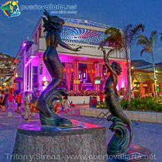 Triton y la Sirena, malecón, Centro de Puerto Vallarta / Triton and the Siren, Malecon, Downtown Puerto Vallarta  www.puertovallarta.net  Photo/Foto: M. A. Gallardo  #puertovallarta #vallarta #jalisco #mexico #mexicano #paradise #vacation #travel #malecon