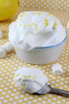 Homemade Lemon Marshmallow Fluff