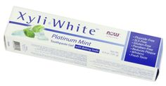 Natural toothpastes for your gross teeth and breath