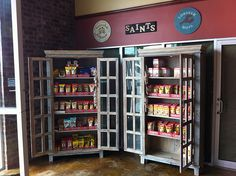 B & J Seafood in Hammond, LA filled up their warehouse store with furniture from Discoveries. Here are a pair of our cabinets used to show off their offering of Zatarain's products.