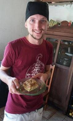 Vinícius foi quem inscreveu a receita da cuca de linguiça (Foto: RBS TV/Divulgação)