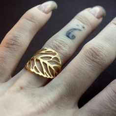 Leaf ring, something of an elwish jewel