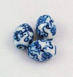Porcelain Chinese blue and white oval floral beads from Estatebeads.com