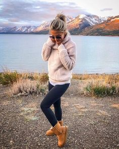 20 Casual Fall Outfits Ideas for Women Fashionista Trends - Lifestyle Spunk Women casual outfits for fall and valentine's day outfits Casual Winter Outfits, Mom Outfits, Casual Fall Outfits, Cute Outfits, Trendy Outfits, Sporty Outfits, Autumn Outfits For Teen Girls, Women Fall Outfits, Cute Camping Outfits