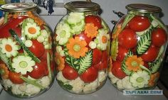 Ornamental Russian Style Pickled Vegetables Pickling is the process of preserving or expanding the lifespan of food by either. Vegetable Decoration, Boiled Dinner, Cheap Vegan Meals, Food Garnishes, Fermented Foods, Canning Recipes, Dose, Food Art, New Recipes