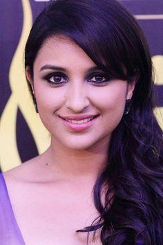 Parineeti chopra Charming Pic #ParineetiChopra #BollywoodActress #Hot #Cute #Parineeti