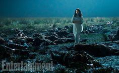 'Outlander' Season 3 First Look: Clash of the Tartans | Caitriona Balfe as Claire Randall | EW.com