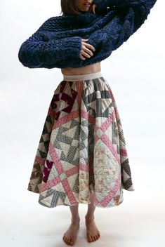 Full circle skirt fitted to the natural waist, made from repurposed antique quilts. Diy Fashion, Fashion Outfits, Fashion Design, Quilted Skirt, Quilted Jacket, Quilted Clothes, Full Circle Skirts, Diy Clothes, Making Ideas