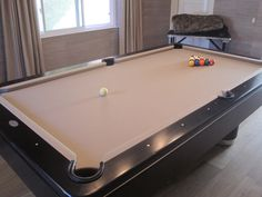 Step By Step Instructions To Refelt A Pool Table Yourself Finally - Reclothing pool table