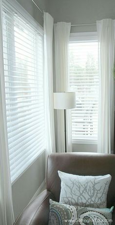 6 Agreeable Cool Tips: Bamboo Blinds Modern blinds for windows cottage.Blinds For Windows With Transoms blinds for windows with transoms.Blinds For Windows Home Depot. Blinds For Small Windows, Kitchen Window Treatments With Blinds, Kitchen Window Blinds, Bay Windows, Shop Windows, White Faux Wood Blinds, White Blinds, Mini Blinds, Sheer Blinds