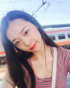 "This Produce 101 Trainee Is Nicknamed ""The Male Version Of Sulli"" Sulli Choi, Choi Jin, South Korean Girls, Korean Girl Groups, Korean Women, Korean Actresses, Actors & Actresses, Ulzzang Girl, Beautiful Babies"