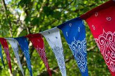 Life in Wonderland: Fourth of July Decorating with Bandanas