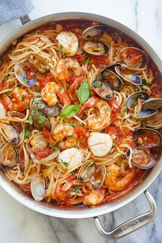 One Pot Seafood Pasta - easy seafood pasta cooked in one pot. Quick and delicious dinner that you can whip up in less than 30 mins. from @rasamalaysia