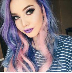gorgeous scene girl makeup looks, colorful hair. Beautiful!