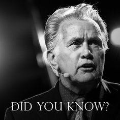 Did you know that actor Martin Sheen chose his stage name based on his admiration to Archbishop Fulton J. Sheen? ——- ¿Sabías que el actor Martin Sheen adoptó su nombre artístico por su admiración al Arzobispo Fulton J. Sheen? #MartinSheen #RevFultonJSheen