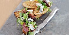 This Italian fig and #Gorgonzola Piccante #Cheese #bruschetta recipe is quick and easy to prepare and is packed full of Mediterranean flavours.