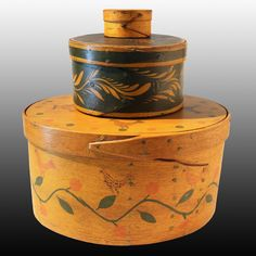 Exceptional Paint Decorated Box./ This and more important American Antiques on the CuratorsEye.com