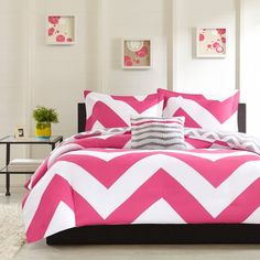 Adorable 4pc Pink Gray and White Reversible Chevron Full Queen Comforter Set MZ,http://www.amazon.com/dp/B00FWPJ5YK/ref=cm_sw_r_pi_dp_kW8ysb0SFJ6BHMZT