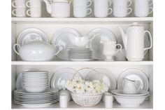 How to Display Fine China in a Cabinet | eHow