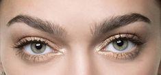 Quel trait d'eyeliner pour la forme de mes yeux? - Cosmopolitan.fr Eye Liner, Beauty Make Up, Cosmopolitan, Eyes, Makeup, Nice Makeup, Almond Eyes, Fit, Make Up