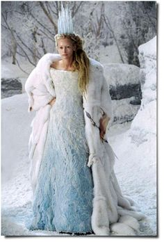 Narnia's White Witch. Witches Night Out is October 24th in Joliet IL!! #WNO www.witchesnightout.com