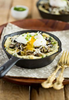 Spinach Polenta with Mushrooms, Leek and Poached Egg