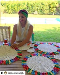 Easy jute placemats that any skill level crafter or entertainer can make.Natural eco friendly jute yarn perfect for knitting or crocheting bags panamas baskets rugs wraping packaging scrapbooking and any craft onenatural jute twine rope cord non polished Crochet Kitchen, Crochet Home, Crochet Crafts, Yarn Crafts, Crochet Projects, Knit Crochet, Diy And Crafts, Crochet Clutch, Fabric Crafts