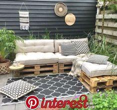 E-mail - Rebecca Mortelé - Outlook Diy Patio, Backyard Patio, Backyard Landscaping, Backyard Ideas, Garden Ideas, Pallet Garden Furniture, Outdoor Furniture Sets, Outdoor Decor, Outdoor Pallet