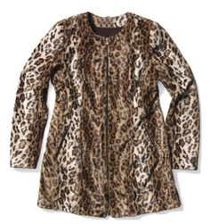 Set your wild side free with this faux-fur leopard jacket. The lavish texture enhances the fiercely feminine look.